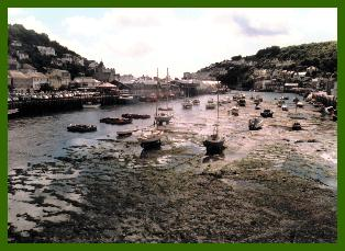 Looe harbour at low tide, photo:RJT 8/99
